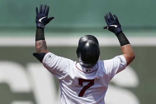 Holt, Red Sox top Royals 5-4 in 10th to cap suspended game